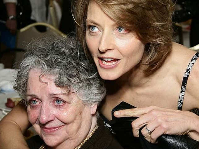 Jodie Foster's mother-manager passes away at 90 due to dementia-related complications