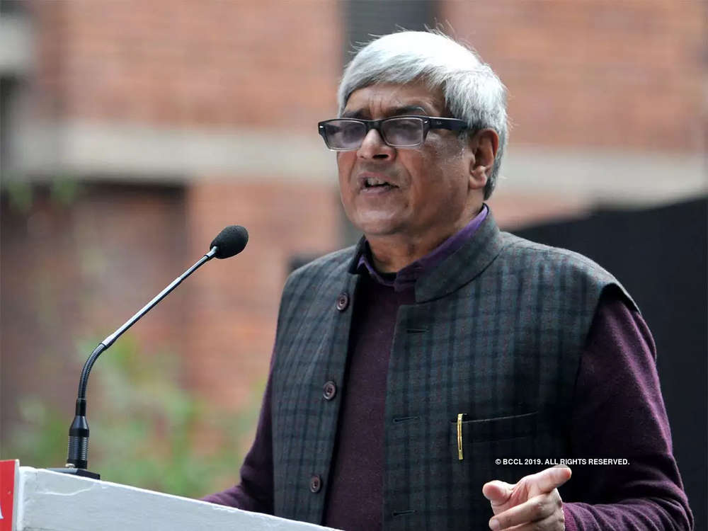 States should contribute in defence, railways, highway projects: Bibek Debroy