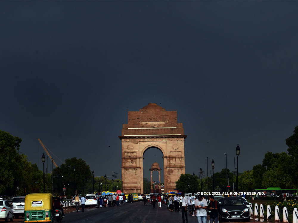 After a stormy Friday, more rains likely in Delhi-NCR today