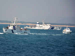 Coast Guard seizes Pakistani boat carrying heroin worth Rs 600 crore