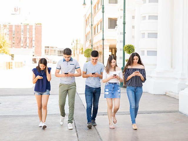 Walking the talk on mobile mindfulness