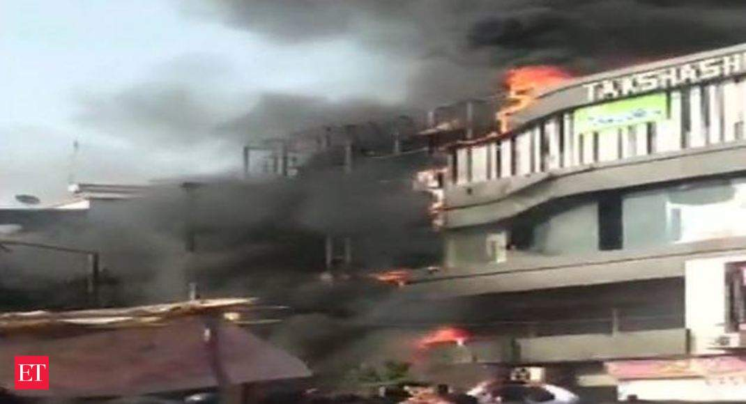 At least 15 students killed in Surat building fire