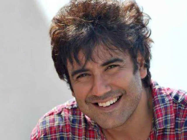 Woman, who accused Karan Oberoi of rape, files complaint after being attacked in Mumbai