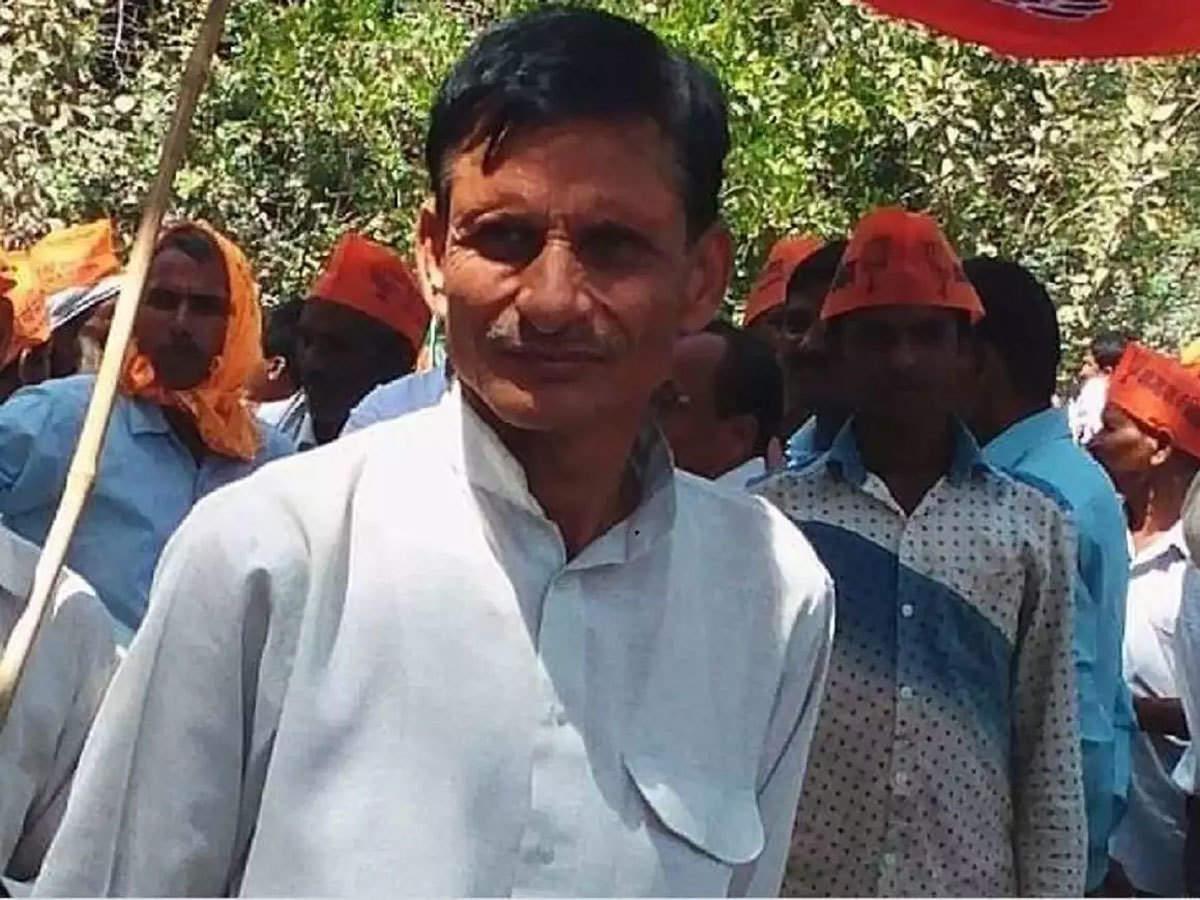 Surendra Singh: Smriti Irani's supporter shot dead in Amethi