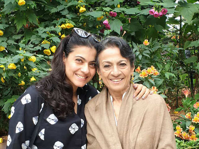 Kajol was photographed while visiting her mother Tanuja (R).