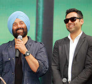 Abhay Deol hails brother Sunny's LS victory, says he has joined politics with 'right intentions'