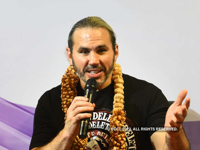 Matt Hardy stops eating around 10–11 pm, and works out on an empty stomach in the morning.