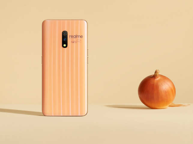 alt tag Realme-X-The-First-Ever-Affordable-Pop-up-Camera-Smartphone