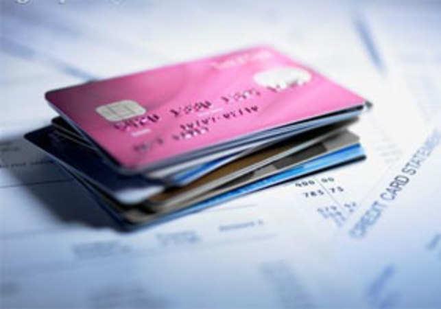 Point taken! Encash rewards on plastic currency