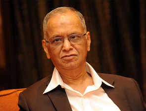 Challenges Narayana Murthy faced while doing business in a no-smartphone era