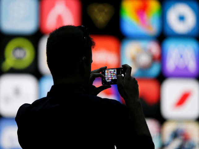 How 'Dark Mode' on iPhones will help Apple: Low battery consumption, wellness & life-balance