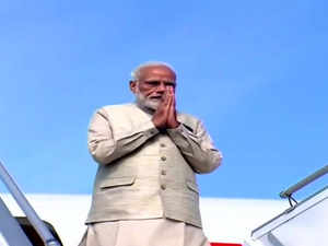 PM Modi arrives in Maldives on his first foreign trip post polls