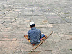 Begging during festivals: India's inability to address poverty and homelessness