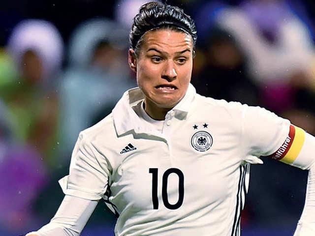 Marozsan hot dzsenifer FIFA Women's