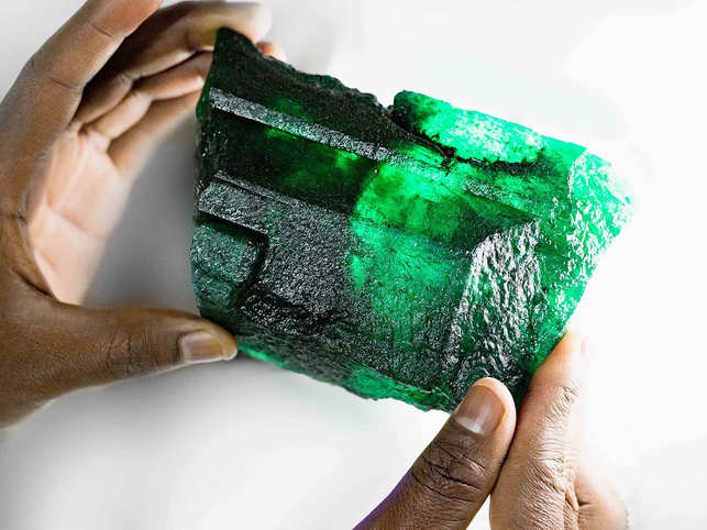The Inkalamu Emerald is a valuable addition to Diacolor's rare gem collection.
