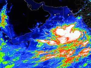 Cyclone Vayu to cross Gujarat coast on June 13: IMD