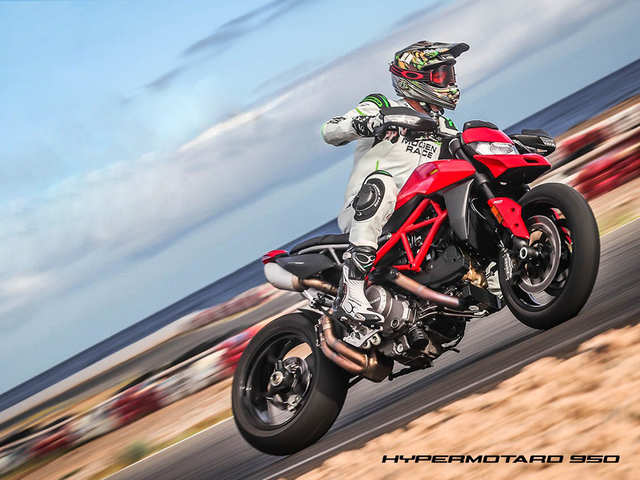 Ducati unveils adrenalin-packed Hypermotard 950 at Rs 11.99 lakh
