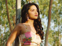 Sunny Leone to play a UP girl in upcoming film 'Kokokola', working on local dialect