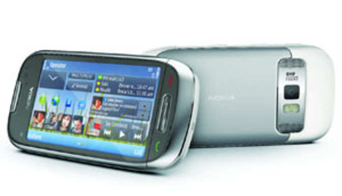ET Review: Nokia C7 out of the N8's Shadow - The Economic Times