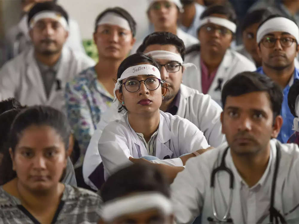 West Bengal doctors' stir: IMA launches protest, writes to Shah for central law against hospital violence