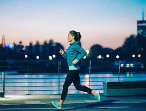 Can't wake up in the morning to exercise? Evening workouts are as beneficial