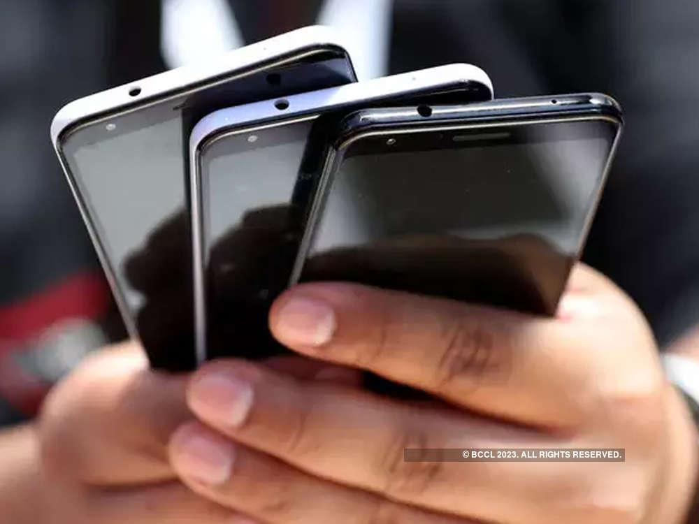 DCC clears imposing penalty on Airtel, Voda Idea; seeks Trai view on fine amount