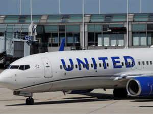 united-airlines-REU