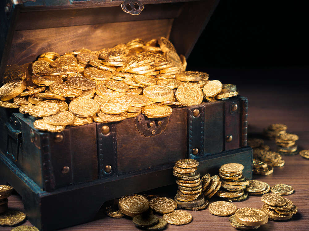Gold rises to 6-year high as bulls 'back in control'