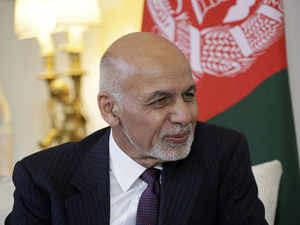 Afghanistan's Ghani to visit Pakistan in bid to step up peace effort