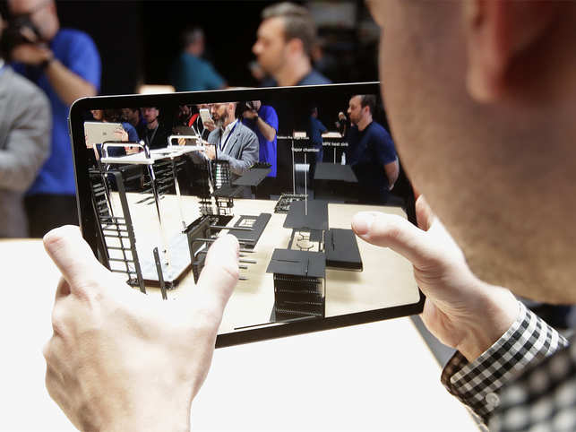 Apple may be working on a 5G, foldable iPad