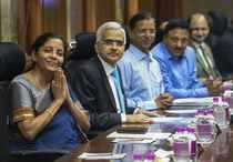 New Delhi: Finance Minister Nirmala Sitharaman with RBI Governor Shaktikanta Das...
