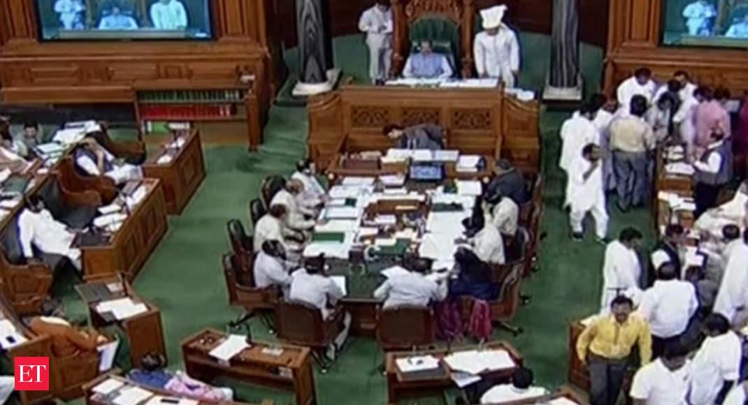 Sloganeering, walkout in Lok Sabha over Karnataka