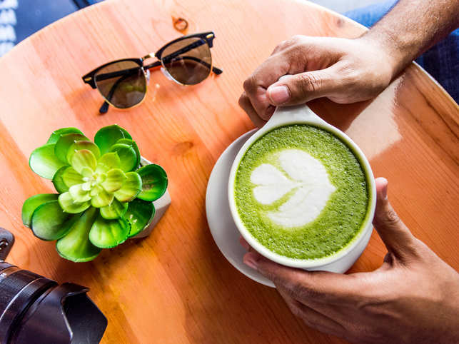 Go green: Sipping on hot cup of Matcha tea can reduce anxiety - The