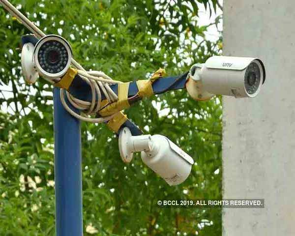Delhi CM clears installation of 1 5 lakh Chinese CCTV cameras banned by US