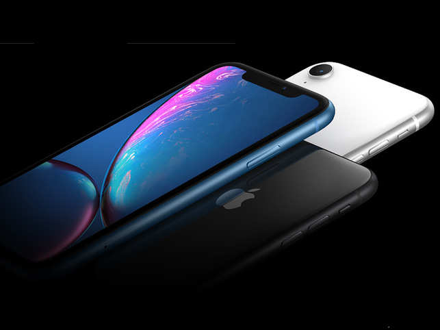 Apple iPhone XR (128GB) is available at a whopping 33% discount worth Rs 26,901.