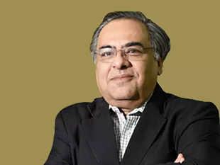 Sumit Malhotra-Bajaj Consumer-1200