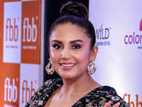 Hollywood debut: Huma Qureshi in Los Angeles to shoot for Zack Snyder's zombie film
