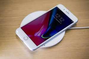 apple-091217-iphone-8-3892