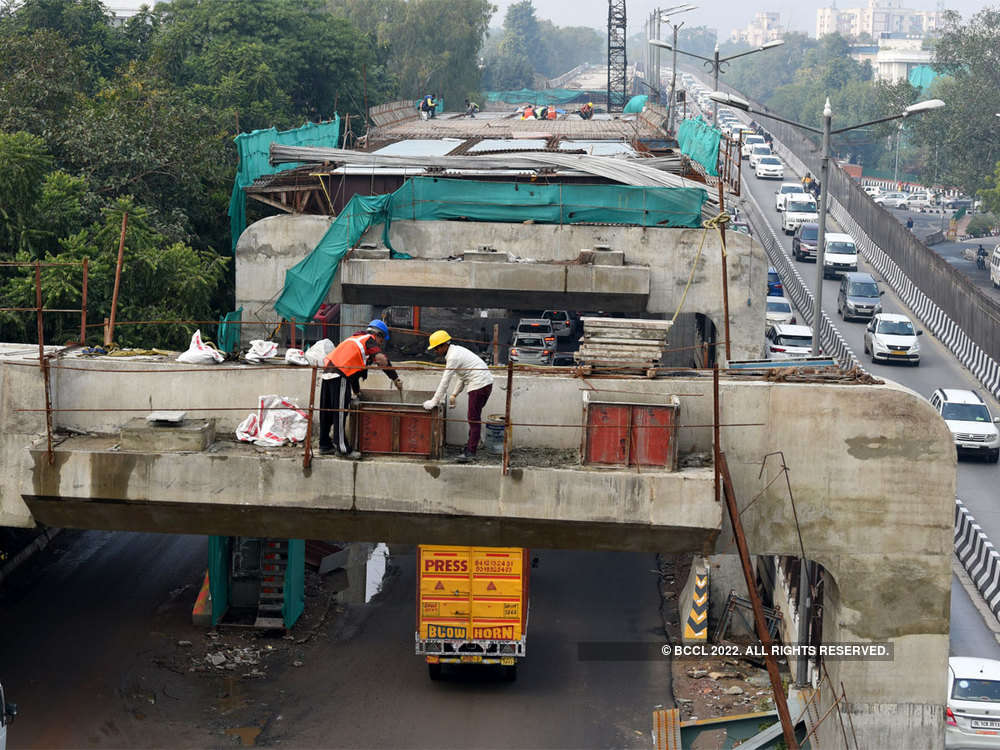 345 infra projects show cost overruns of Rs 3.28 lakh cr
