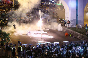 Tear gas and rubber bullets fired as Hong Kong returns to chaos