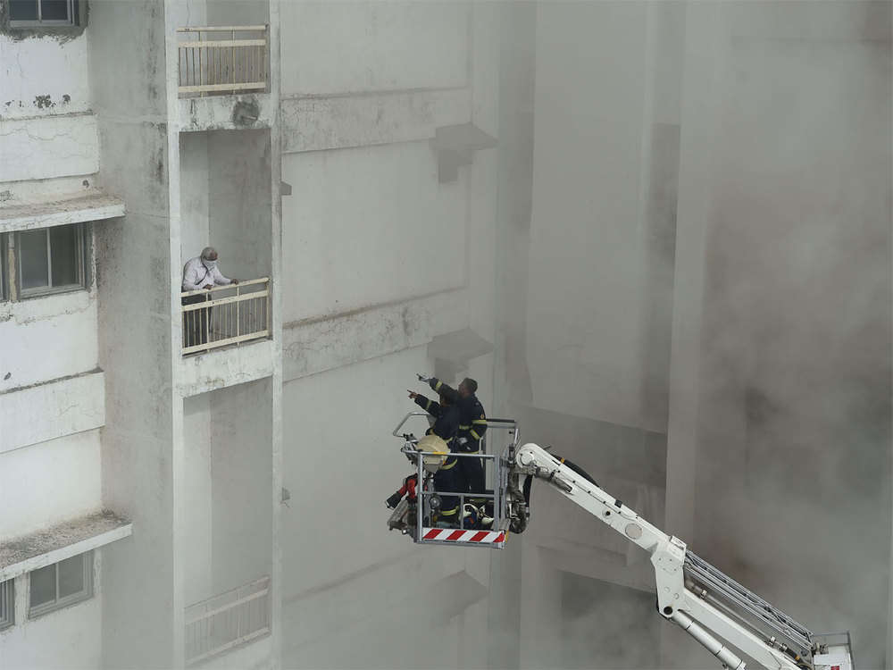 Mumbai building fire: 20 rescued, 40 still trapped on terrace