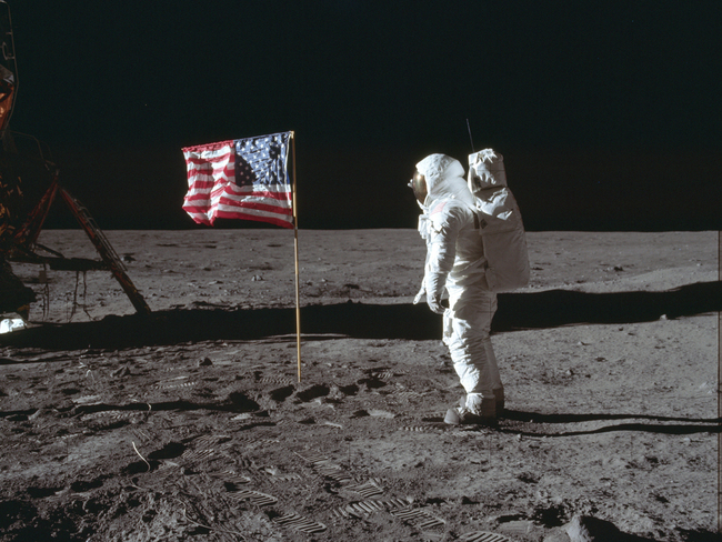 neil armstrong: How Armstrong and Aldrin made 'damn' the first ...