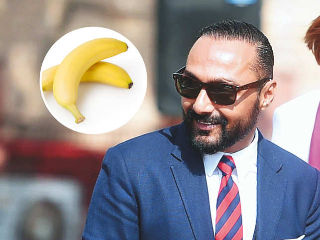 In the video, Rahul Bose said that the 2 bananas were 'too good' for him.