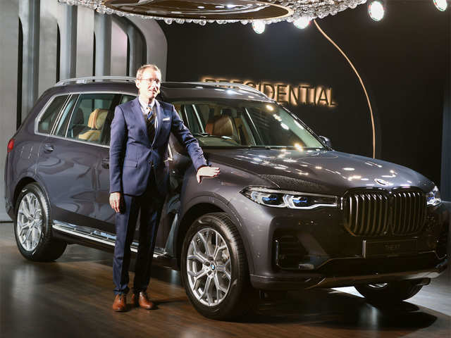 Luxe on wheels: BMW drives in X7 to India at Rs 99 lakh