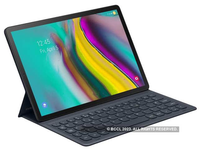 Galaxy Tab S5e gives a desktop-like experience.