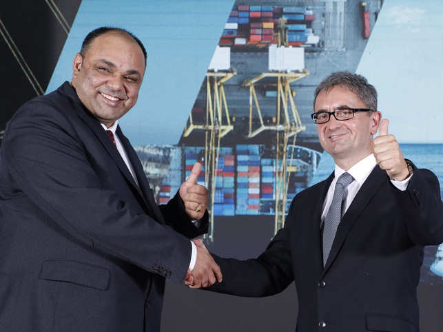 Rakesh Mathur, Managing Director, MAN Energy Solutions India Pvt Ltd and Dr Uwe Lauber, CEO and member of Executive Board, MAN ES SE Germany