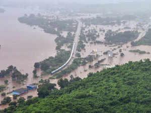 Heavy rains in Mumbai: 11 flights cancelled, nine diverted