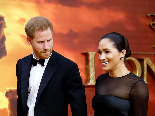 Prince Harry (L)  & Meghan Markle (R) asked people to suggest some names that they can follow.
