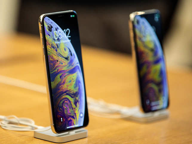 After 10% hike in tariff, Apple XS Max will cost roughly ​around $1,209.​