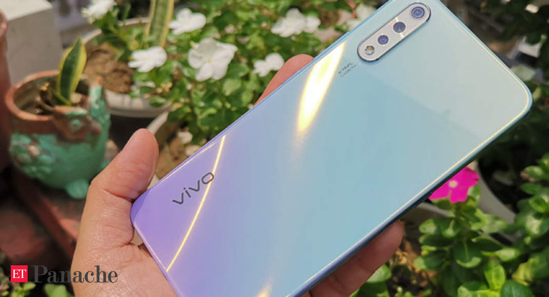 Vivo S1 Dials In Style With Glass Back & Triple Rear Camera